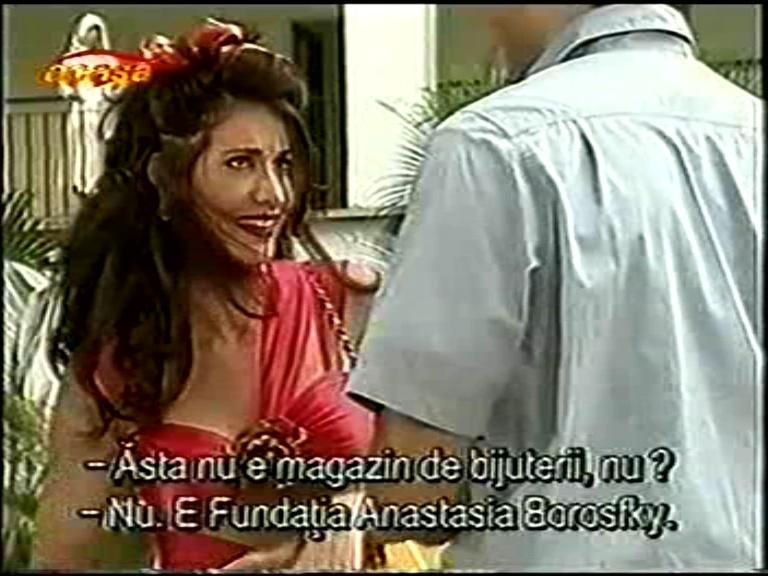 http://telenovellaslatinos.narod.ru/skrin/skrin_estrambotica_anastasia/1ea/1_estrambotica_anastasia_85.JPG